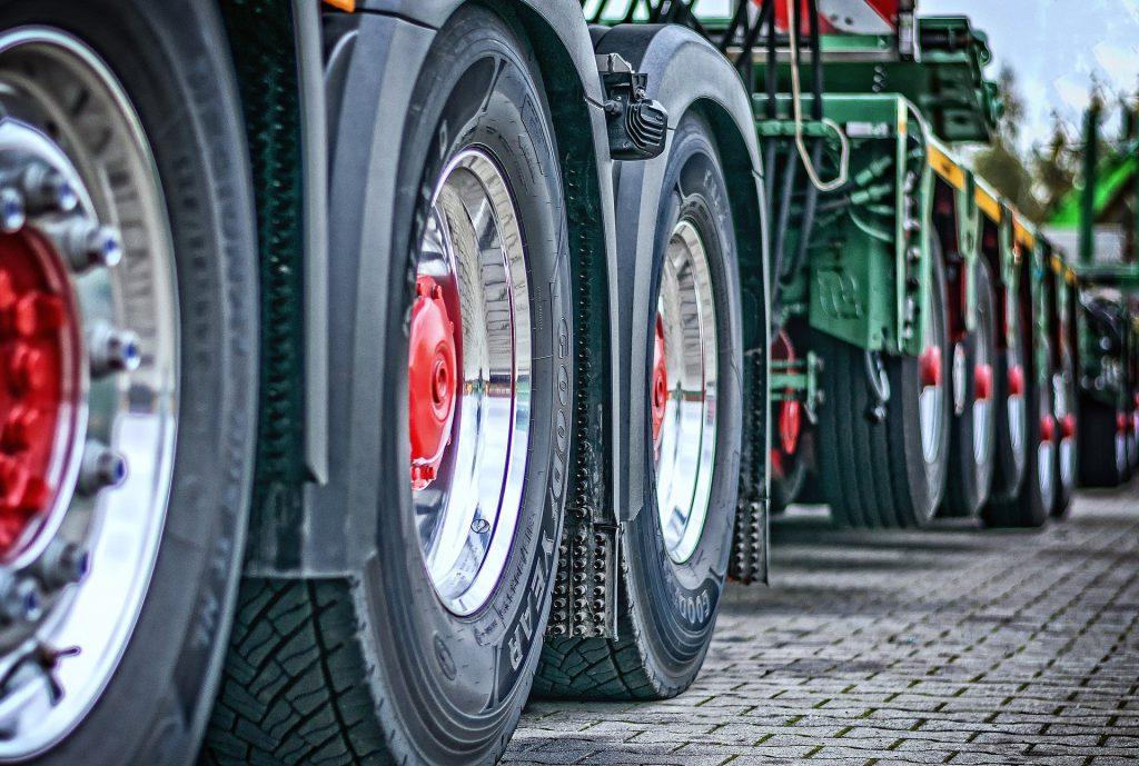 truck-2920533_1920